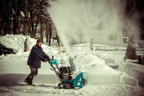 Best Snow Blowers With Tracks For The Home Driveway
