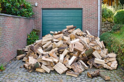 Can You Store Firewood In The Garage?